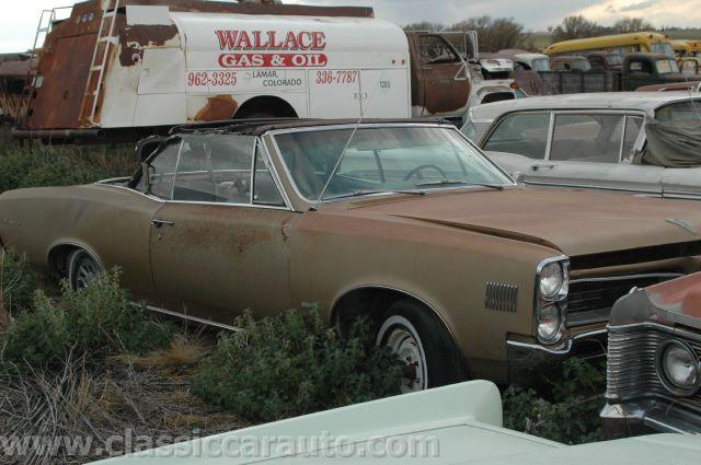 Junk yard tours, Woller Auto Parts, Lamar Colorado